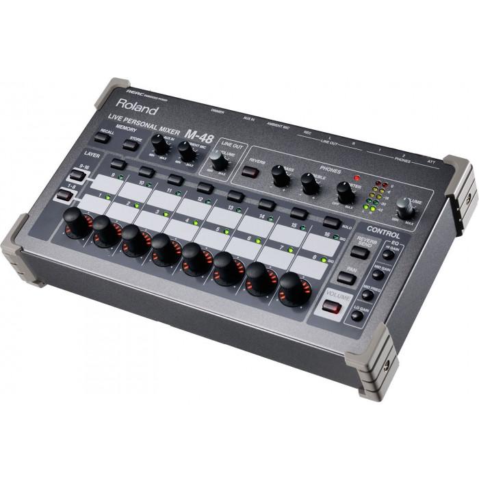 Цифровой микшерный пульт Roland M48