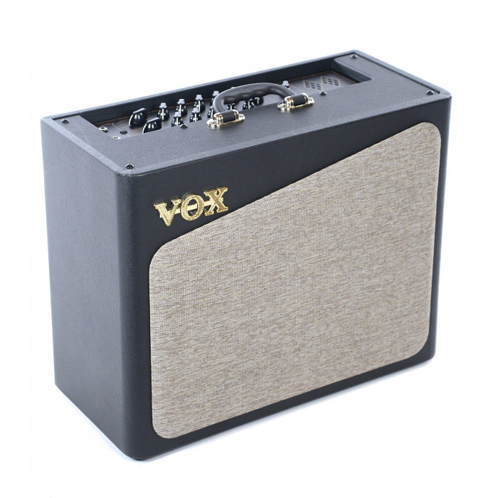 Комбоусилитель для электрогитары VOX AV30