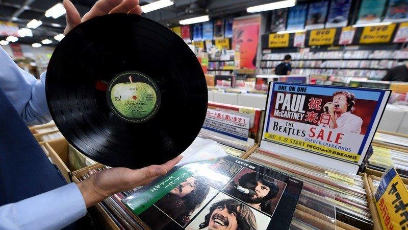 Подведение итогов – статистика продаж винила и дисков в Британии за ушедший год